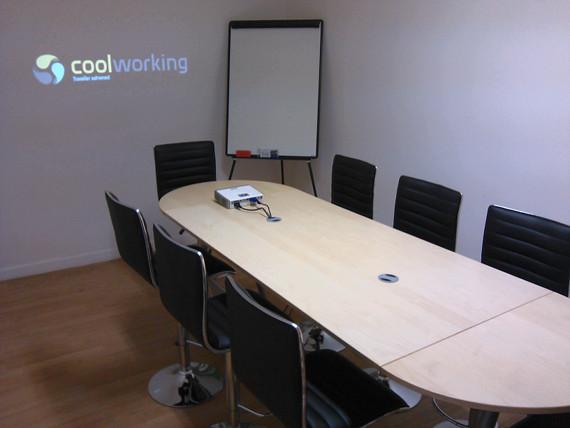 Coolworking - Location de salles de réunion Bordeaux - 19 rue esprit des lois 33000 Bordeaux